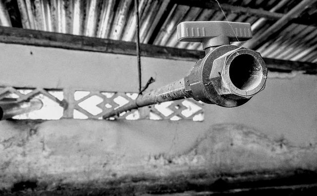 pompe de relevage eaux usées plombier pas cher